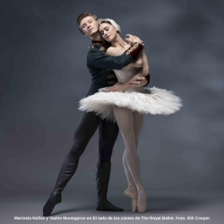Feliz día del abrazo bailarines!! 💕  #ballet #danza #loveballet #hugday